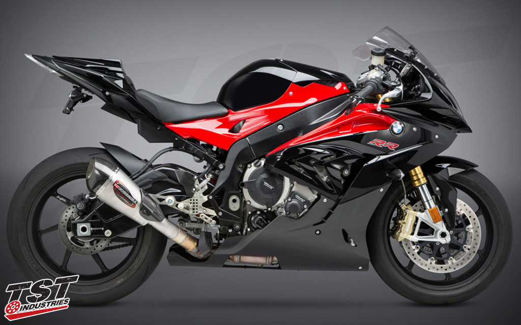 Gain improved performance, looks, and sound by pairing your 2015-2016 BMW S1000RR.